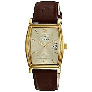 Titan Quartz Beige Dial Mens Watch-1530YL04