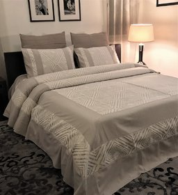 ZILA Home Zebra Squares Grey King size Bedcover