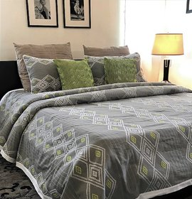 Zila Home Tribal Twist Grey King size Cotton Bedcover