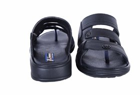 761828dbb338 Crocs Shamaal 2.0 Black Casual Sandals Best Deals With Price ...