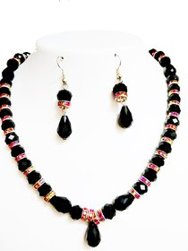 Black crystals and diamond rings necklace set