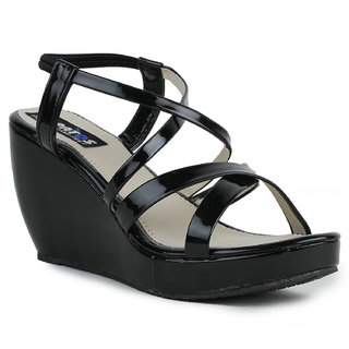 Sapatos  Women's Black Wedges