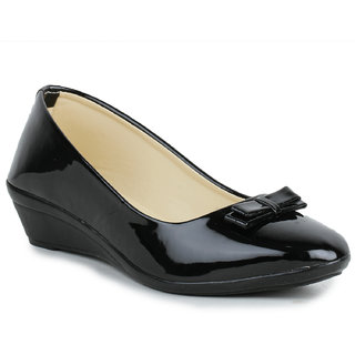 Sapatos  Women's Black Wedges