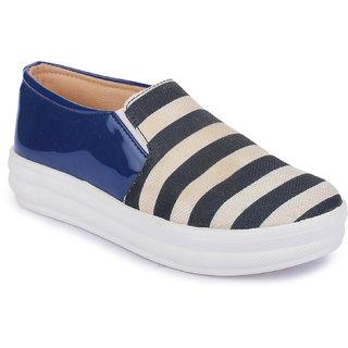 Aadvit Womens Blue Loafers
