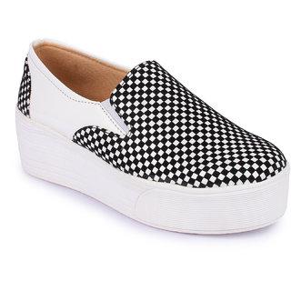 Aadvit Womens White Loafers