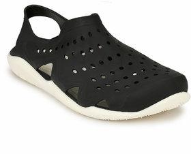 Afrojack Men's Swiftwater Wave Crocs