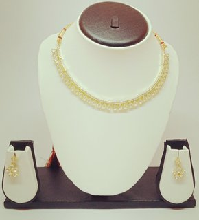 american daimond neckless this daimond shining and attractive and exclusive pattern , new model for women and girls
