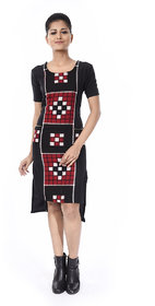 Trenditional Ikat/Sambalpuri U Neck Half Sleeve Handloomcrape Black Red One Piece For Women'S