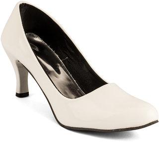 White Women Heel