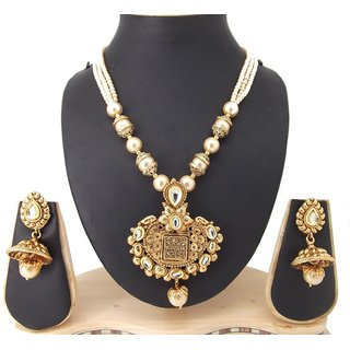 9blings Party Wear Kundan Pearl Gold Plated Copper Necklace Set