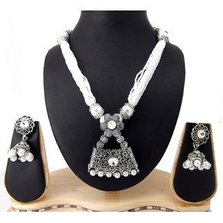 9blings Antiuqe Filigree Work Silver Oxidized Pearl Kundan Silver Plated Necklace Set