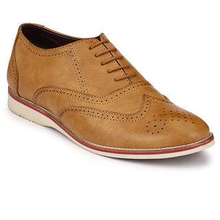 Fentacia Men Tan Brogue Shoes