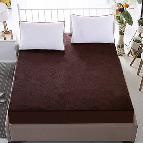 Dream Care Waterproof  Dustproof  Coffee Mattress protector(30x72x Skirting  Upto 10) (wxl) for Singe bed-1 pc