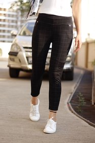 Best Seller Imported Black Check's Stretchable Pants / Jeggings /Gym Wear /Yoga Wear /Casual Wear /Sport's Wear