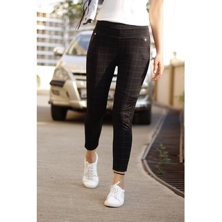 Best Seller Imported Black Check's Stretchable Pants / Jeggings /Gym Wear /Yoga Wear /Casual Wear /Sport's Wear