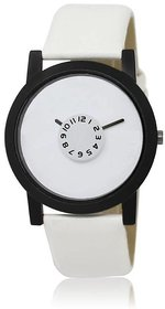 TRUE CHOICE NEW SELLING WATCH FOR MAN  BOYS WITH 6 MONTH WARRNTY