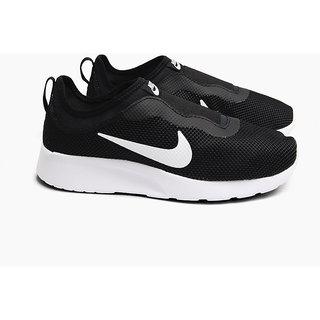 9e12f5196f00 Buy Nike Women s Tanjun Slip Black Slip On Sneakers Online   ₹4795 ...