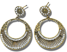 Golden coloured Round shape ethnic or casual  earrings for both girls and womens