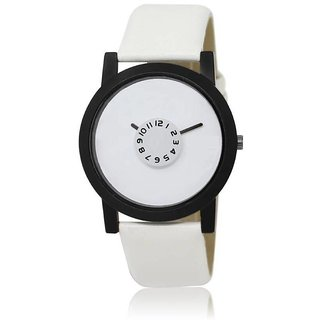 TRUE CHOICE NEW BRAND ANALOG SIMPLE WATCH FOR MEN WITH 6 MONTH WARRANTY