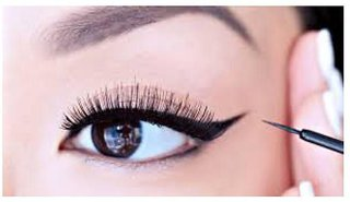 9 TO 5 lashes cear smooth waterproof long lasting liquid eyeliner (L.a.k.m.e)