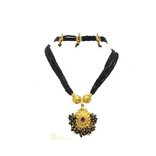 Combo Offer of Black Leheriya Pendant and Chokker Mangalsutra