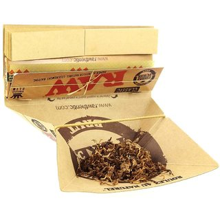 Radise Raw Classic Artesano Kingsize Slim 32 Leaves Rolling Papers with Tray and Tips