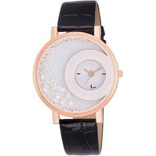 R P S fashion new looked to staylish girl  watch 6 month warranty