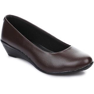 Naisha Womens Brown Foramal Shoe