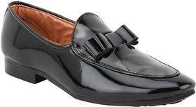 Voila Men Glossy Black Leather Shiny Patent Formal Shoe - 140524843