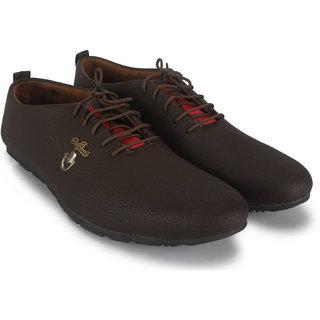 7220216c5694 Buy Crown Sapphire Men s Brown Outdoors Shoe Online - Get 65% Off