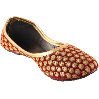 Femmecrafts Women's Maroon Bellies