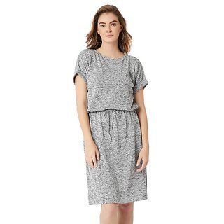 837f52102f Miss Chase Women s Grey Round Neck Half Sleeve Cotton Solid Paneled  Knee-Long Shift Dress
