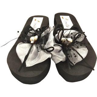 StepVilla  Womens Black Slippers