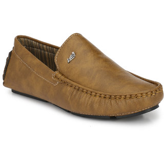 Knoos Men's Tan Synthetic Leather Casual Loafer