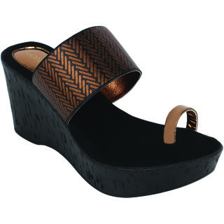 df4e1a9a451d Buy Catwalk Women s Bronze Wedges Online - Get 20% Off