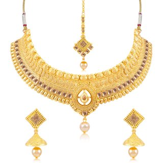 Sukkhi Trendy Gold Plated Choker Necklace Set For Women