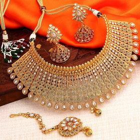 Sukkhi Gold Plated Alloy Kundan Choker Necklace Set
