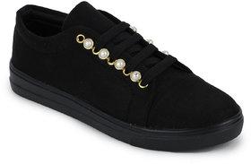 Fiteh Women's Black Sneaker