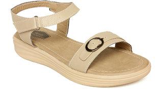 Vendoz Women Cream Sandals