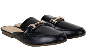 Do Bhai Women's Black Flats - 142164789
