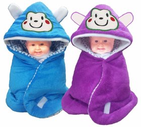 Princeandprincess Multipurpose Sleeping Bag / Wrapper Blanket with Hoods (Pack of 2)(Multi colour)