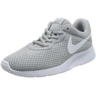 Nike Tanjun Black MenS Running Shoes