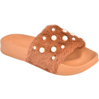 Do Bhai Women's Tan Slides