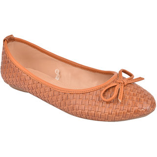 Flora Tan Textured Flat Bow Belly
