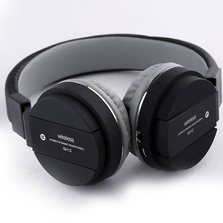 Tech Gear High Quality Wireless Over the Head Bluetooth Headphone with FM and SD Card Slot, Black