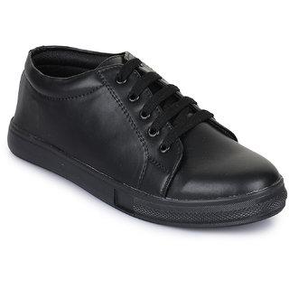 Fiteh Women Black Sneakers