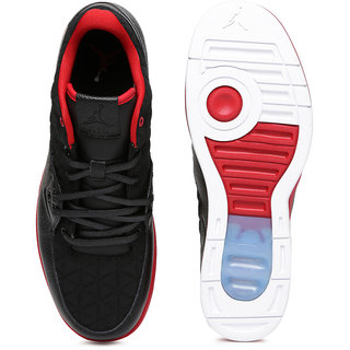 4b9933df5d76 Buy Nike Jordan Clutch Black   Red Basketball Shoes Online   ₹9995 ...