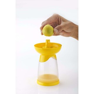SPEACK Citrus Spray Lemon Juice Sprayer Hand Juicer Mini Squeezer Kitchen Tool,3 in 1, Multi Colour