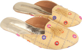 Be You Women Golden Mirror Work Traditional Flats / Ethnic Footwear
