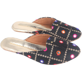 Be You Women Black Mirror Work Traditional Flats / Ethnic Footwear